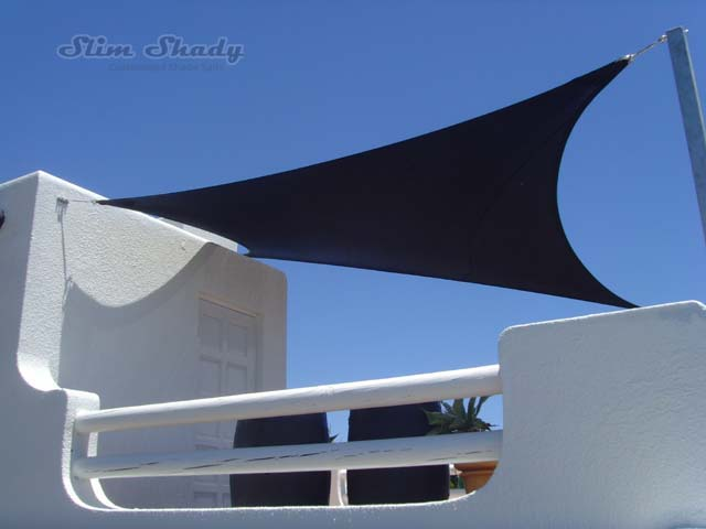 Blouberg black shade sails